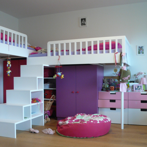 schaden lebensr ume kinderzimmer f r zwillingsm dchen stockbetten einmal anders. Black Bedroom Furniture Sets. Home Design Ideas